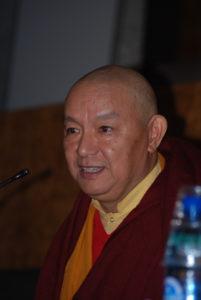 El lama Drubgyu Tenpa ofrece una conferencia en el salón de actos de Humanidades el jueves 17 de enero de 2019